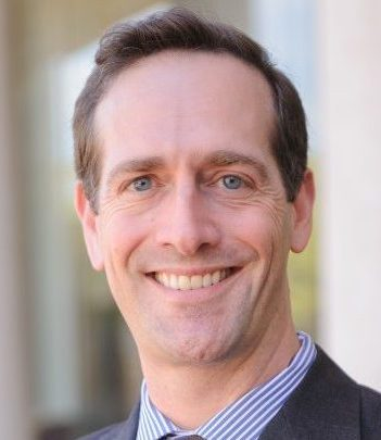 Professor Adam Steinman Headshot